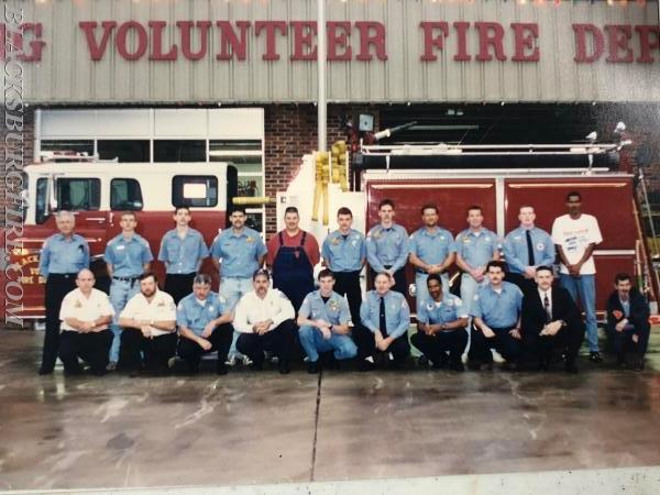 THE 1996 CREW OF THE CITY