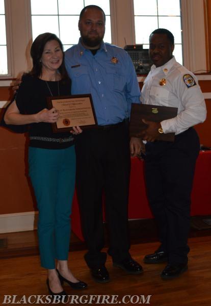 THE CITY OF BLACKSBURG RECEIVING THEIR COMMUNITY SERVICE AWARD